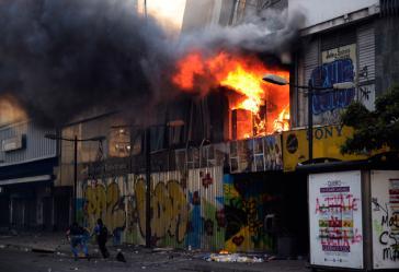 Angegrifenes Gebäude des Ministeriums Für Wohnungsbau in Chacao