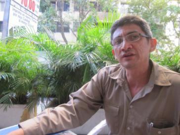 Alexis Adarfio, ehemaliger Arbeiter in der staatlichen Fabrik Ferrominera del Orinoco, unterrichtet heute an der Bolivarischen Arbeiteruniversität Jesus Rivero