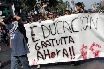 Die Studentenbewegung kritisiert den Entwurf als nicht umfassend genug