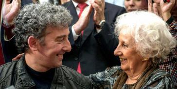 Estela de Carlotto und ihr Enkel Guido