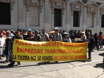 Die Proteste richteten sich auch gegen Bergbau- und Großprojekte transnationaler Unternehmen