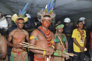 80 Vertreter der Indigenen wollten im Parlament angehört werden