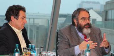 Botschafter Jorge Jurado und der Abgeordnete Klaus Barthel bei der Zusammenkunft im Bundestag am Mittwoch