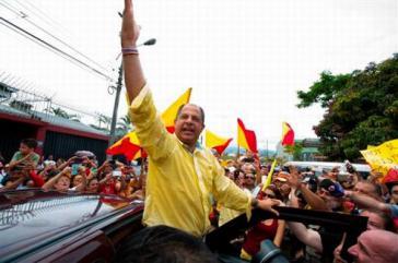 Luis Guillermo Solís im Wahlkampf