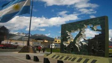 Malwinen-Monument in der südargentinischen Stadt Ushuaia