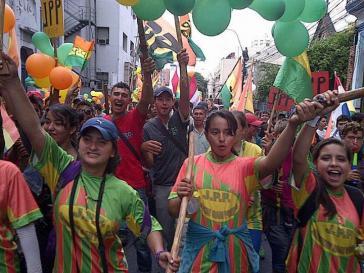 Teilnehmende an der Demonstration in Asunción