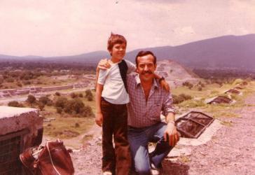 Das letzte Foto von Norberto Habegger, hier mit seinem Sohn Andrés in Mexiko 1977