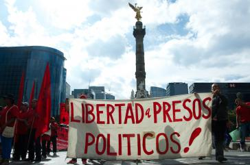 Demonstranten fordern Freiheit für politische Gefangene