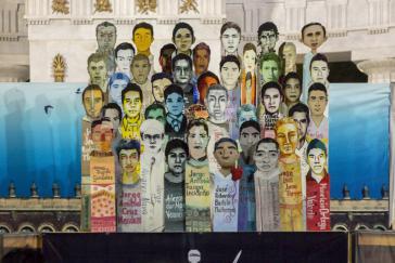 Bilder der 43 verschwundenen Studenten