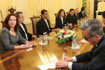 Die Gemischte Regierungskommission über technische und militärische Zusammenarbeit traf sich in Quito