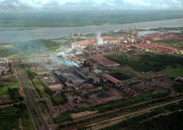 Blick aus der Luft auf das Sidor-Stahlwerk
