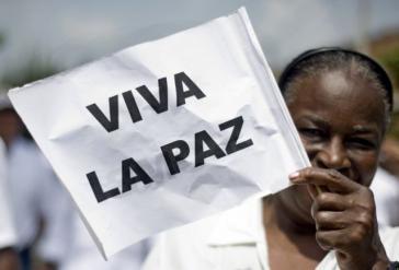 Die Farc bemängelt, dass die Regierung die Initiative des Plebiszits ohne Absprache mit der Friedensdelegation der Guerilla in die Wege geleitet hat