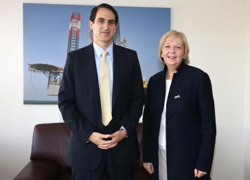 Ministerpräsidentin Hannelore Kraft mit dem kolumbianischen Energieminister Tomas Gonzales Estrada