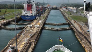 """Die """"Transoceânica"""" soll brasilianisches Getreide nach Peru bringen, das von dort nach China verschifft wird"""