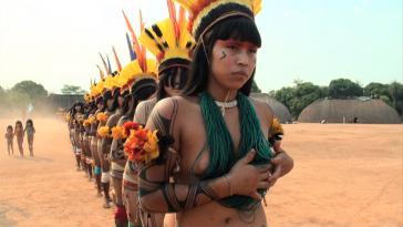 Kuikuro-Frauen beim Ritual Jamurikumálu