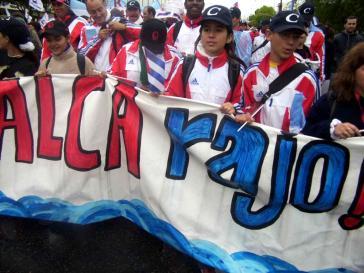 """Demonstration gegen das Freihandelsabkommen Alca beim """"Gipfel der Völker"""" in Mar del Plata, Argentinien, 2005"""