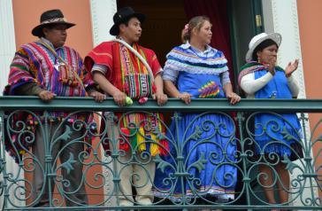 Auf dem Balkon des Parlamentsgebäudes vor der Amtseinführung von Evo Morales und Álvaro García Linera am 22. Januar 2015