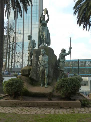 """""""Monumento a la Araucanía"""", Plaza de Armas, Temuco"""