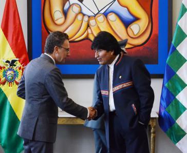 Antonino De Leo  vom UNODC und Boliviens Präsident Evo Morales am Montag in La Paz