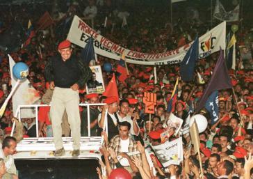 Feier des Wahlsieges von Hugo Chávez am 6. Dezember 1998 in Caracas, Venezuela