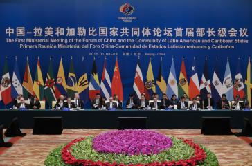 Gruppenfoto der Teilnehmer des CELAC-China-Gipfels