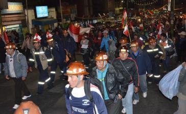 Compico-Anhänger verlassen am 29. Juli La Paz und kehren nach Potosí zurück