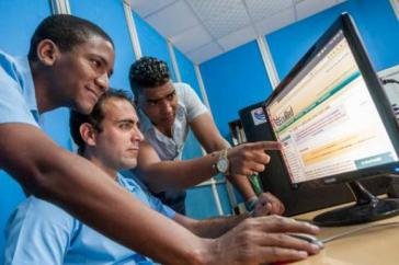 Kubas Schulen mit Internetzugang