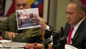 Parlamentspräsident Diosdado Cabello präsentierte im Fernsehen Beweismaterialien