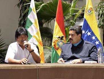 Evo Morales und Nicolás Maduro beim Pressegespräch in Cochabamba