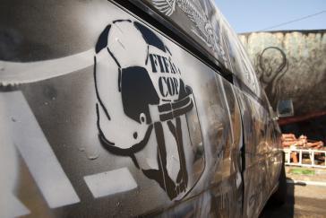 Graffito gegen die Fifa und Polizeigewalt in Brasilien 2014