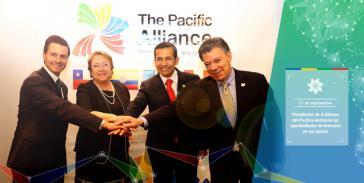 Die Staatsoberhäupter der Pazifik-Allianz (von links nach rechts): Enrique Peña Nieto Mexiko), Michelle Bachelet (Chile), Ollanta Humala (Peru) und Juan Manuel Santos (Kolumbien)