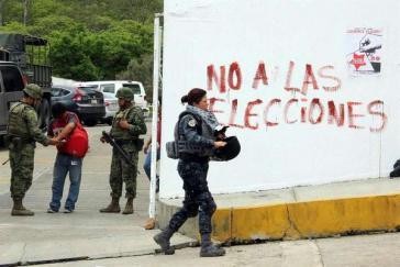 """""""Nein zu den Wahlen"""" – Graffito in Mexiko"""