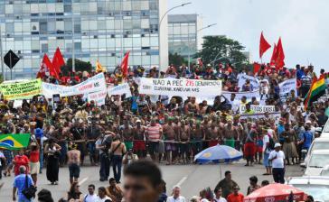 Indigene demonstrierten mehrere Wochen in Brasília für ihr Recht auf Land