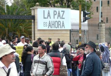 Nationaler Tag der Opfer: Friedensmarsch am 9 April 2015, Bogotá
