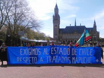 Mapuche-Aktivisten fordern von der Regierung die Einhaltung der Verträge, die Chile mit den Mapuche unterzeichnet hat