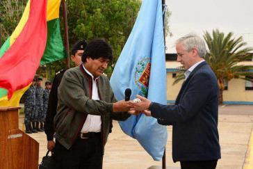 Evo Morales übergibt die Amtsgeschäfte vor der Abreise an Vizepräsident Alvaro García Linera