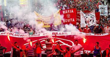 MTST auf der Demonstration gegen die Amtsenthebung in São Paulo