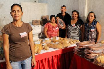 """Bei der Eröffnung der Sozialistischen Bäckerei der Comuna """"José Pío Tamayo"""" im Bundesstaat Lara"""