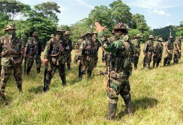 Es wird vermutet, dass die Paramilitärs Meeres- und Flusspassagen der Region kontrollieren wollen