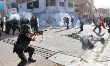 """Der peruanische Menschenrechtsrat kritisiert """"überzogene Gewalt"""" der Sicherheitskräfte gegen Demonstranten"""