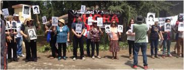 Protest vor der ehemaligen Colonia Dignidad