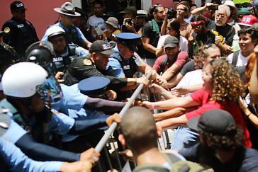 Proteste gegen Kürzungspolitik in Puerto Rico