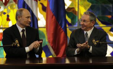 Zum Auftakt seiner Lateinamerika-Reise im Juli 2014 traf Putin in Kuba mit Präsident Raúl Castro zusammen