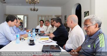 Zusammenkunft der Delegationen bei den Friedensgesprächen in Havanna