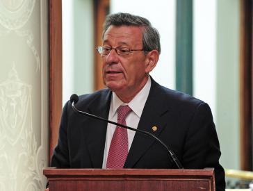 Süd-Süd-Kooperation kann auch neoliberal sein – Uruguays Außenminister Rodolfo Nin Novoa