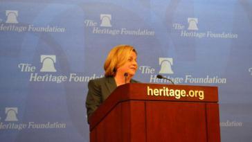 Die exilkubaniche US-Abgeordnete Ros-Lehtinen bei der Heritage Foundation