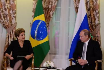 Brasiliens Präsidentin Rousseff und Gastgeber Wladimir Putin