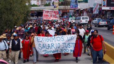 Demonstration in San Quintín für gerechte Löhne und würdige Arbeits- und Lebensbedingungen für die Landarbeiter