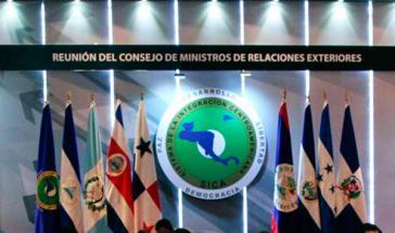 Fahnen der Mitgliedsstaaten des Sica – hier konnte eine Lösung gefunden werden