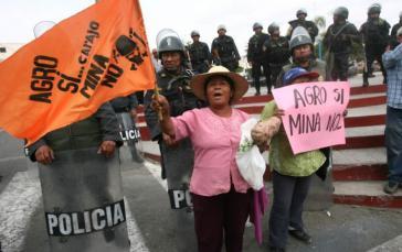 """Proteste gegen Tia Maria: """"Landwirtschaft ja - Mine nein"""""""